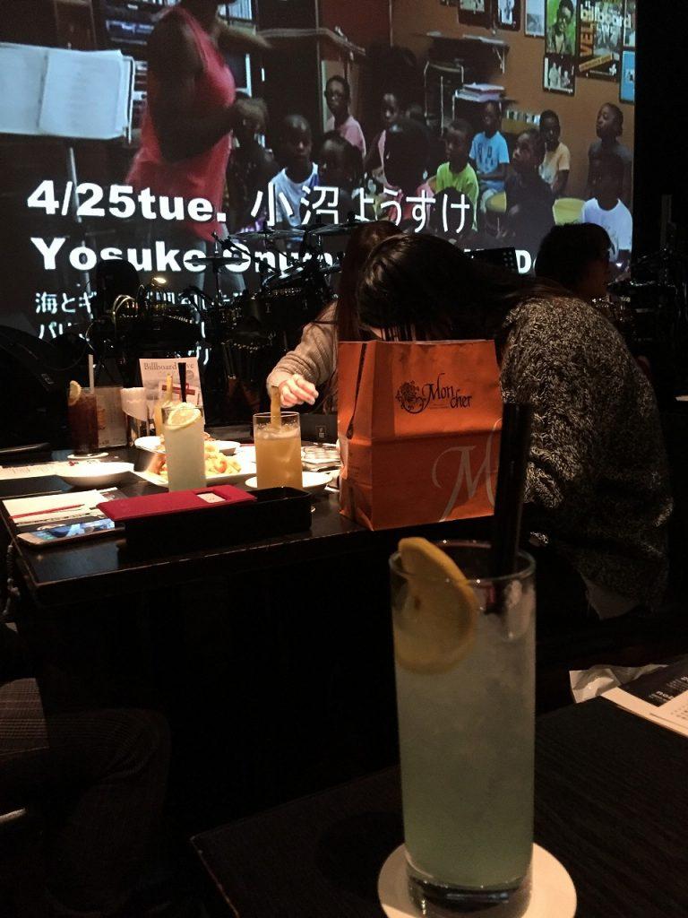 ビルボードライブ大阪の自由席