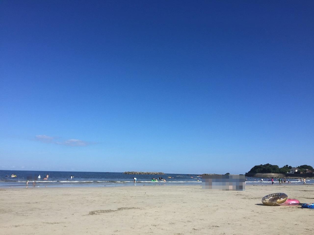 阿児の松原海水浴場の砂浜