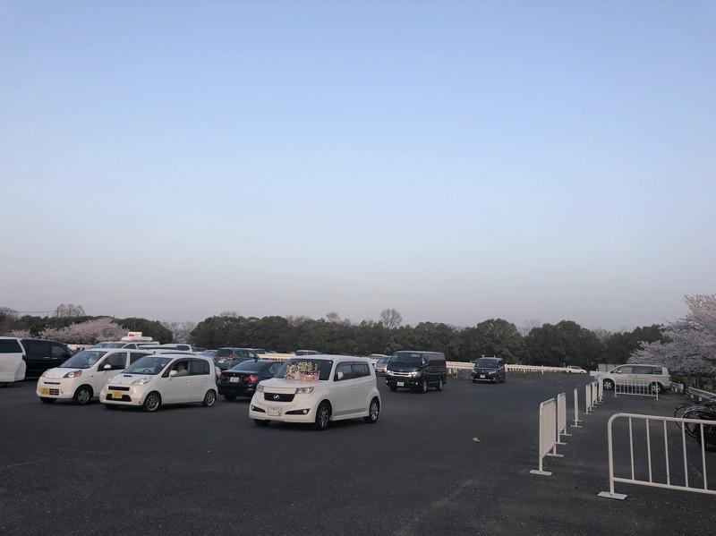 矢橋帰帆島公園の駐車場