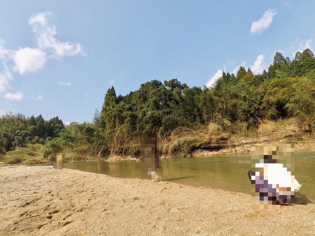 木津川で川遊び