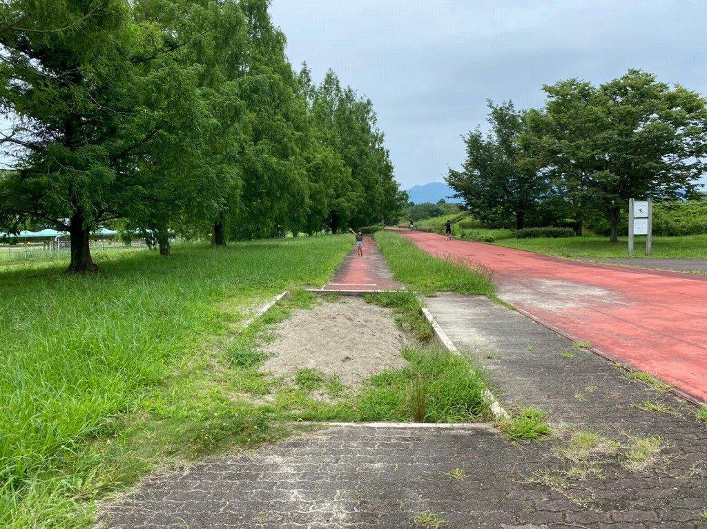 走り幅飛びの練習ができる場所